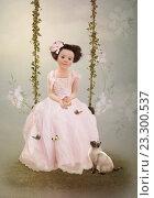 Девочка в розовом платье и кот. Стоковая иллюстрация, иллюстратор Маргарита Нижарадзе / Фотобанк Лори