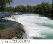 Водопад среди зелени в Турции. Стоковое фото, фотограф Фёдор Ромашов / Фотобанк Лори