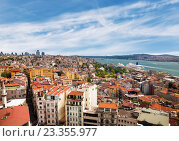 Купить «Вид на крыши Стамбула, Турция», фото № 23355977, снято 5 августа 2015 г. (c) Наталья Волкова / Фотобанк Лори