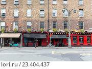 Купить «building with bar or pub on street of Dublin city», фото № 23404437, снято 21 июня 2016 г. (c) Syda Productions / Фотобанк Лори