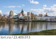 Новодевичий монастырь. Стоковое фото, фотограф Татьяна Назмутдинова / Фотобанк Лори