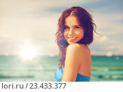 Купить «happy smiling woman on the beach», фото № 23433377, снято 21 июля 2012 г. (c) Syda Productions / Фотобанк Лори