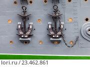 Купить «Anchors of cruiser Aurora - the legendary revolutionary ship in St. Petersburg, Russia», фото № 23462861, снято 29 июля 2016 г. (c) FotograFF / Фотобанк Лори