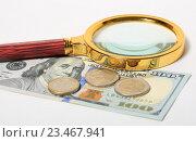 Купить «Лупа лежит на американских долларах и монеты евро», эксклюзивное фото № 23467941, снято 3 сентября 2016 г. (c) Яна Королёва / Фотобанк Лори