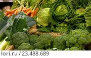 Купить «Close-up of vegetables in organic section», видеоролик № 23488689, снято 20 октября 2018 г. (c) Wavebreak Media / Фотобанк Лори