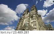 Готический собор Святого Гатьена, Франция. Таймлапс (2016 год). Стоковое видео, видеограф Владимир Журавлев / Фотобанк Лори