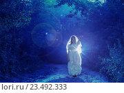 Купить «bride's ghost in the night forest», фото № 23492333, снято 16 июля 2016 г. (c) Майя Крученкова / Фотобанк Лори