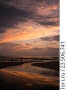 Океанский закат. Стоковое фото, фотограф Василий Вострухин / Фотобанк Лори