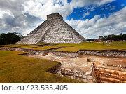 Пирамида Кукулькана, Чичен-Ица, Мексика, фото № 23535405, снято 1 февраля 2010 г. (c) Куликов Константин / Фотобанк Лори