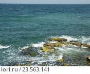 Купить «Черное море», эксклюзивное фото № 23563141, снято 17 декабря 2018 г. (c) Михаил Карташов / Фотобанк Лори