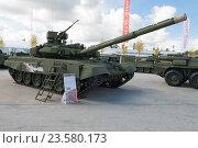 """Купить «Танк Т-90А. """"Армия-2016"""" - Международный военно-технический форум. Парк Патриот», эксклюзивное фото № 23580173, снято 6 сентября 2016 г. (c) Алексей Бок / Фотобанк Лори"""
