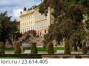 Move to the Prague Castle Mountain. Стоковое фото, фотограф Zoonar/Kai Michael N / age Fotostock / Фотобанк Лори