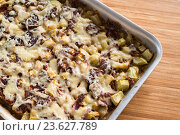 Купить «casserole with mince and courgettes», фото № 23627789, снято 1 августа 2016 г. (c) Володина Ольга / Фотобанк Лори