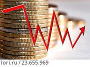 Купить «Красный значок стрелка - график на фоне денег», фото № 23655969, снято 12 февраля 2016 г. (c) Сергеев Валерий / Фотобанк Лори