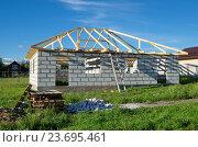 Строительство дома из газобетонных блоков (2016 год). Стоковое фото, фотограф Елена Коромыслова / Фотобанк Лори