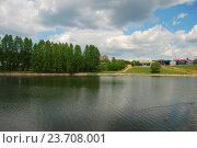 Купить «Мазиловский пруд. Район Фили-Давыдково. Москва», эксклюзивное фото № 23708001, снято 19 мая 2009 г. (c) lana1501 / Фотобанк Лори