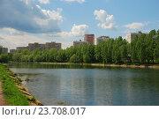 Купить «Мазиловский пруд. Район Фили-Давыдково. Москва», эксклюзивное фото № 23708017, снято 19 мая 2009 г. (c) lana1501 / Фотобанк Лори