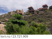 Купить «Вьетнам. Буддийский храм», фото № 23721909, снято 26 июня 2014 г. (c) Рашит Загидуллин / Фотобанк Лори