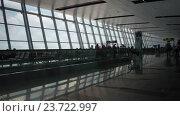 Купить «Timelapse shot of Noi Bai International Airport», видеоролик № 23722997, снято 27 октября 2015 г. (c) Данил Руденко / Фотобанк Лори