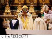The Archibishop of Canterbury Justin Welby with Pope Francis during the mass, Church of Saint Gregorio al Celio, Rome, ITALY-05-10-2016. Редакционное фото, фотограф Vatican Pool / AGF/Vatican Pool / AGF / age Fotostock / Фотобанк Лори