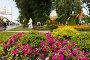 Гном  фигура из цветов. Фестиваль цветов. Самара, фото № 23813025, снято 30 июля 2016 г. (c) Акиньшин Владимир / Фотобанк Лори