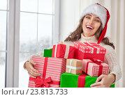 Купить «woman with gifts», фото № 23813733, снято 4 ноября 2015 г. (c) Константин Юганов / Фотобанк Лори