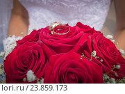 Свадебные букет из роз. Стоковое фото, фотограф Александра Андрющенко / Фотобанк Лори