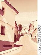 Купить «Narrow street in old town. La Mancha», фото № 23888653, снято 23 августа 2013 г. (c) Яков Филимонов / Фотобанк Лори