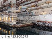 Купить «Бункер времен холодной войны, подземная база подводных лодок», фото № 23900573, снято 20 января 2018 г. (c) Mikhail Starodubov / Фотобанк Лори