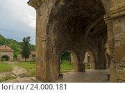 Купить «Гелатский монастырь близ Кутаиси», фото № 24000181, снято 8 июня 2016 г. (c) Валерий Ситников / Фотобанк Лори