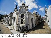 Купить «Кладбище Реколета в Буэнос-Айресе», фото № 24044277, снято 23 сентября 2016 г. (c) AK Imaging / Фотобанк Лори