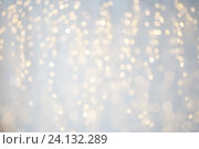 Купить «blurred christmas holidays lights bokeh», фото № 24132289, снято 15 октября 2016 г. (c) Syda Productions / Фотобанк Лори