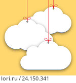 Купить «Бумажные ценники или наклейки на желтом фоне, торговые теги в виде облака», иллюстрация № 24150341 (c) Dmitry Domashenko / Фотобанк Лори