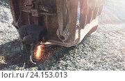 Газовая, кислородная резка металла. Стоковое видео, видеограф Антон  Черственков / Фотобанк Лори