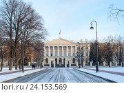 Купить «Смольный. Санкт-Петербург», эксклюзивное фото № 24153569, снято 6 ноября 2016 г. (c) Александр Щепин / Фотобанк Лори