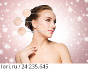 beautiful woman with magnified wrinkles on face. Стоковое фото, фотограф Syda Productions / Фотобанк Лори