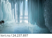 Купить «Байкал. Вид на Малое Море из ледяного грота», фото № 24237897, снято 5 марта 2011 г. (c) Виктория Катьянова / Фотобанк Лори