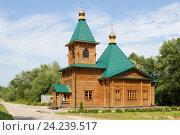 Храм в Семиключье из дерева (2016 год). Стоковое фото, фотограф Юлия Юриева / Фотобанк Лори