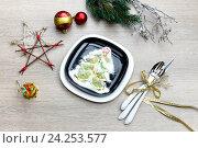 Купить «Украшение Новогоднего и Рождественского стола», фото № 24253577, снято 22 ноября 2016 г. (c) Татьяна Ляпи / Фотобанк Лори