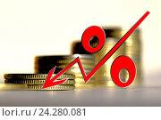 Купить «Красный знак процента на фоне денег», фото № 24280081, снято 22 октября 2016 г. (c) Сергеев Валерий / Фотобанк Лори