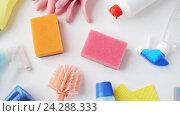 Купить «cleaning stuff on white», видеоролик № 24288333, снято 3 ноября 2016 г. (c) Syda Productions / Фотобанк Лори