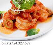Креветки в томатном соусе с оливками. Стоковое фото, фотограф Воронина Светлана / Фотобанк Лори