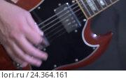 Купить «Музыка. Вид рук гитариста во время игры», видеоролик № 24364161, снято 9 ноября 2016 г. (c) Гурьянов Андрей / Фотобанк Лори