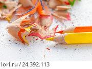 Заточенные цветные карандаши. Стоковое фото, фотограф Viktoryia Vinnikava / Фотобанк Лори