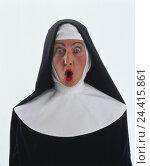 Купить «Benedictine, nun, habit, facial play, astonishment, infuriates, half portrait, professions, studio, cut out, woman, habit, is surprised, surprises, surprise, startled, furiously, angrily, rage,», фото № 24415861, снято 18 мая 2011 г. (c) mauritius images / Фотобанк Лори