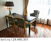 Купить «Интерьер апартаментов класса люкс в отеле. Фрагмент», эксклюзивное фото № 24440301, снято 26 марта 2012 г. (c) Алёшина Оксана / Фотобанк Лори