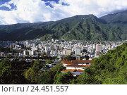 Купить «Venezuela, Caracas, town overview, centre, capital, high rises, cloudy sky, mountain landscape», фото № 24451557, снято 20 октября 2008 г. (c) mauritius images / Фотобанк Лори