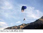 Купить «Austria, Tyrol, Pertisau, paraglider plane, Europe, alps, mountains, mountains, sport, sports area, aviation, aerial sport, trend sport, sport, Paragliding...», фото № 24452333, снято 20 октября 2005 г. (c) mauritius images / Фотобанк Лори