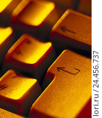 Купить «Computer keyboard, detail, Enter key, computer, hardware, input, command, keyboard, buttons, Enter, Return, further, keyboard, button, arrow, spectral filter, orange, blur», фото № 24456737, снято 21 февраля 2001 г. (c) mauritius images / Фотобанк Лори