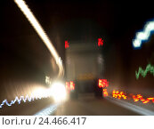 Tunnels, truck, rear view, light tracks, blur street, pavement, road tunnel, darkness, traffic, traffic delivery, two-way traffic, lights, lighting, danger..., фото № 24466417, снято 16 июля 2004 г. (c) mauritius images / Фотобанк Лори